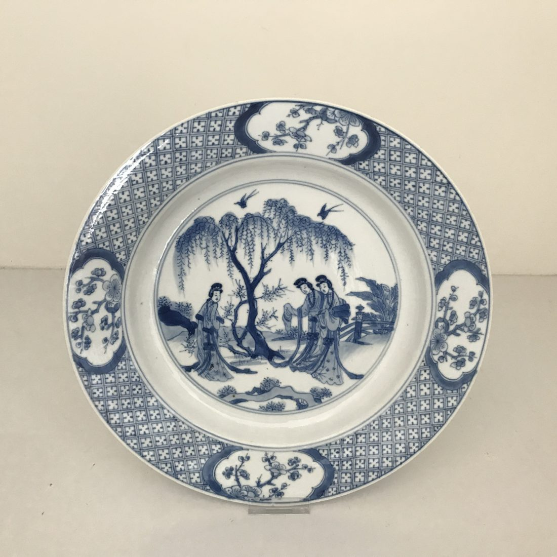 Blauw/wit porselein bord, China, Kangxi (1662-1722)