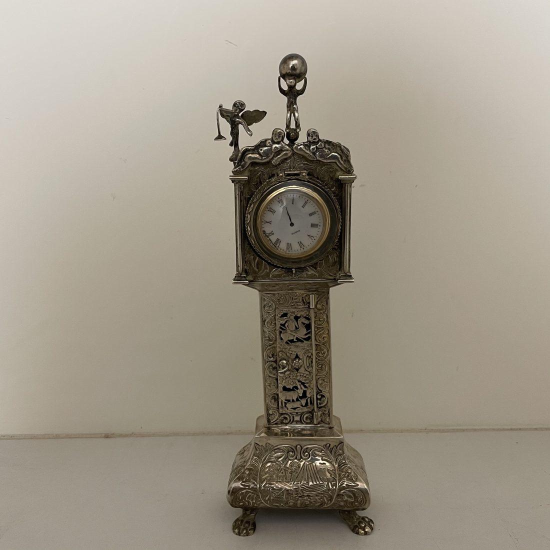 Miniatuur zilveren staand horloge, J. Verhoogt, Hoorn, 1916