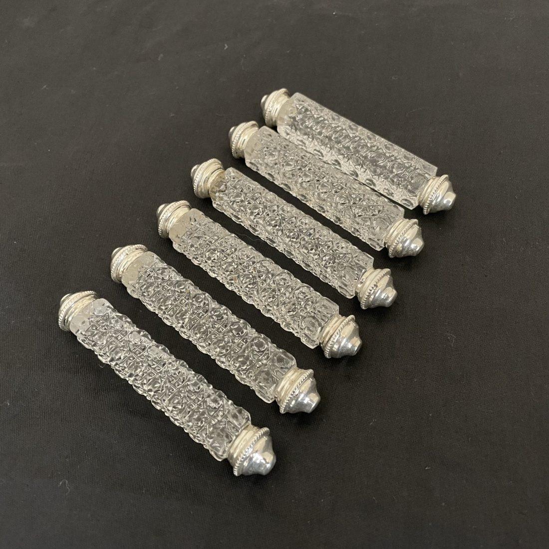 Zes kristallen ruit motief messenleggers met zilveren uiteinde