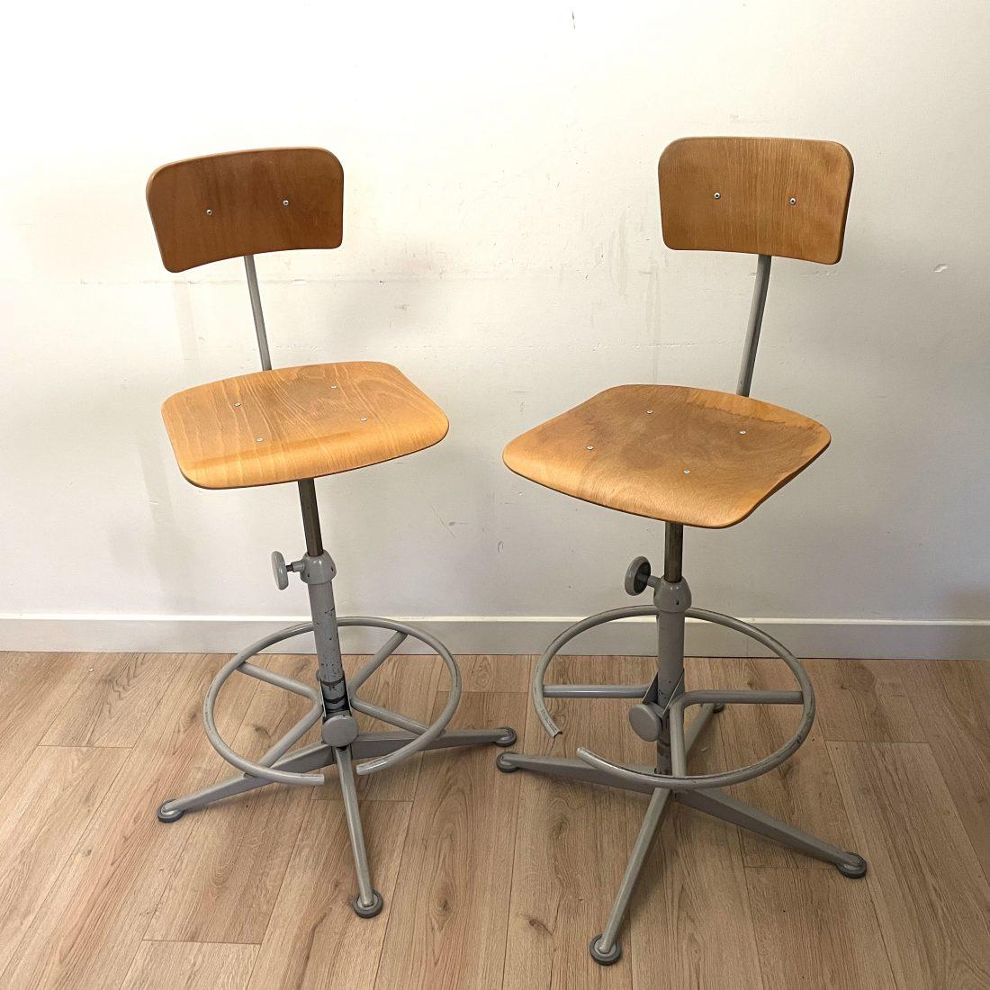 Jops industriële smeedijzeren verstelbare stoelen, jaren 50